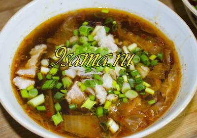 Острый корейский суп из капусты кимчи