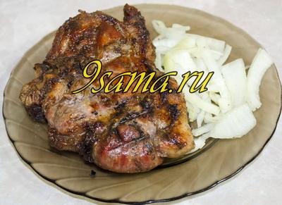 Простой рецепт стейков из свинины