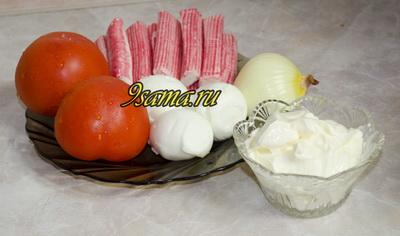 Салат с крабовыми палочками «Коралл»
