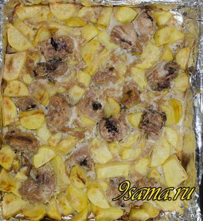 Запеченные окорочка в духовке с картошкой