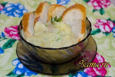 Суп пюре с грибами и курицей