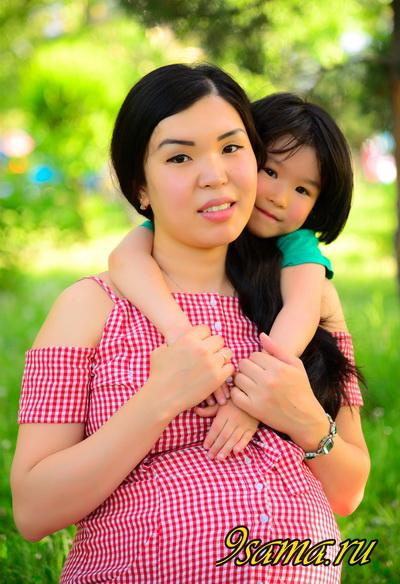 Когда и как лучше сделать фотосессию беременным?