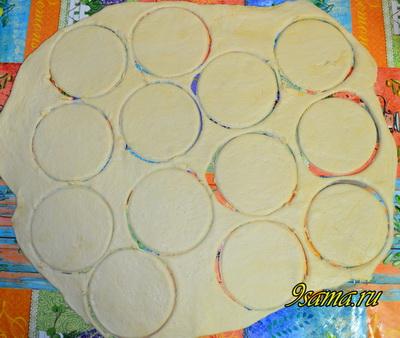 Вкусные пирожки в духовке из дрожжевого теста