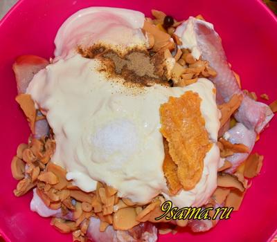 Курица в духовке с грибами и картошкой
